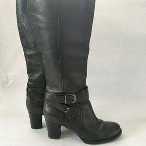 Clarks Tall Heeled Black Sz 8 Boots